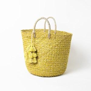 Two Tone Weave Tassel Round Basket