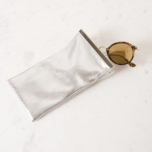 Metallic Metal Bar Sunglasses Case
