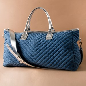 Freya V Quilted Overnighter